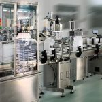 Höghastighets etikettapplikator för dubbelsidig etikett för runda / fyrkantiga / platta flaskor