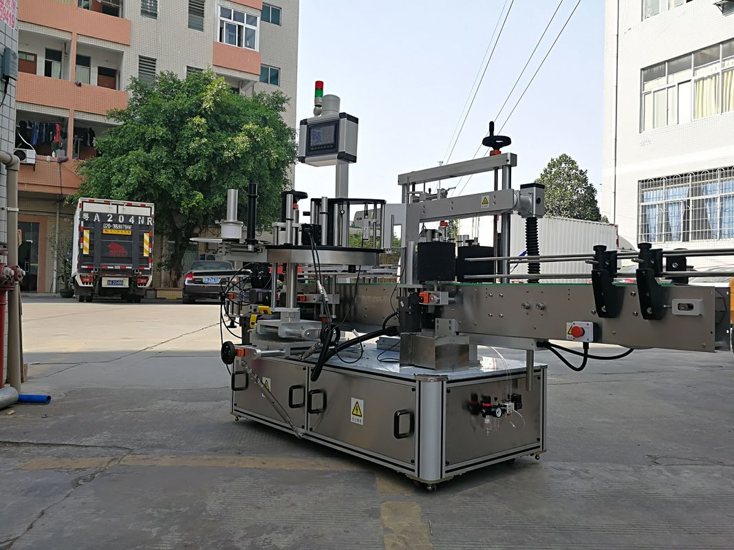 Höghastighetsautomatisk applikatormaskin med tre sidor fyrkantiga flaskmärken